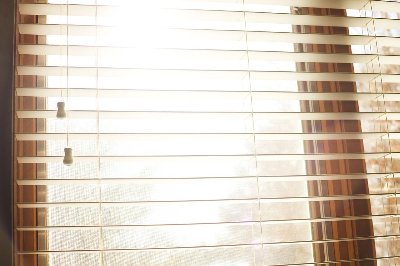 Window Cleaning Brisbane - blind repairs brisbane
